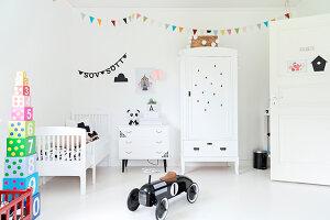 Bildnr.: 11321976<br/><b>Feature: 11321942 - Grafisches Nordlicht</b><br/>Modern, kreativ und schwarz-wei&#223;: So lebt eine junge Familie in Schweden<br />living4media / M&#246;ller, Cecilia