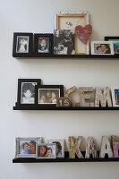 Bildnr.: 11323144<br/><b>Feature: 11323095 - Auf demTeppich bleiben!</b><br/>Die Kelim-Teppiche dieser charismatischen Familie sind selbst importiert, NL<br />living4media / de Kleermaeker, Anouk