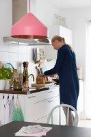 Bildnr.: 11323890<br/><b>Feature: 11323859 - K&#252;nstlerisches Zuhause</b><br/>Ein holl&#228;ndische Designerpaar vereint Familie und Atelier unter einem Dach<br />living4media / de Kleermaeker, Anouk