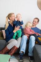 Bildnr.: 11323958<br/><b>Feature: 11323859 - K&#252;nstlerisches Zuhause</b><br/>Ein holl&#228;ndische Designerpaar vereint Familie und Atelier unter einem Dach<br />living4media / de Kleermaeker, Anouk