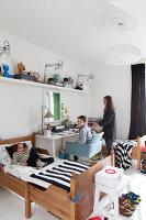 Bildnr.: 11325200<br/><b>Feature: 11325156 - Blogger-Style</b><br/>Das Zuhause von Bloggerin Tina in Kopenhagen ist eine wahre Inspirationsquelle!<br />living4media / Klazinga, Jansje