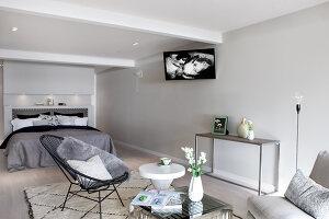 Bildno.: 11342700<br/><b>Feature: 11342672 - Norwegian Glamour</b><br/>Sleek and sumptuous home in Gj&#248;vik, Norway<br />living4media / Annette &amp; Christian