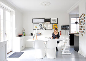 Bildno.: 11345592<br/><b>Feature: 11345553 - White and Bright</b><br/>Family home in Copenhagen<br />living4media / Lene-K