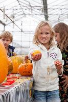 Bildno.: 11345926<br/><b>Feature: 11345897 - Pumpkin Party</b><br/>Pumpkins and Jack-o&#39;-Lanterns<br />living4media / Klazinga, Jansje