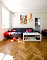 Bildno.: 11346408<br/><b>Feature: 11346397 - Copenhagen Classic</b><br/>A classic villa in Copenhagen, Denmark<br />living4media / Lene-K
