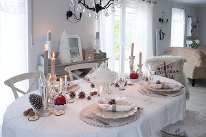 Bildno.: 11349472<br/><b>Feature: 11349445 - Holiday Romance</b><br/>Shabby-chic house in Koblenz, Germany<br />living4media / Craven, Dorothea
