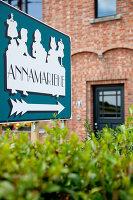 Bildnr.: 11350206<br/><b>Feature: 11350203 - Annamariekes Kreativ-Welt</b><br/>Atelier und Privathaus unter dem Dach in Belgien<br />living4media / Claessens, Bieke