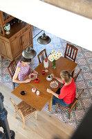 Bildnr.: 11350222<br/><b>Feature: 11350203 - Annamariekes Kreativ-Welt</b><br/>Atelier und Privathaus unter dem Dach in Belgien<br />living4media / Claessens, Bieke