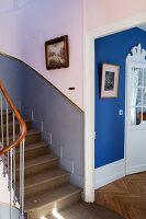 Bildno.: 11350828<br/><b>Feature: 11350807 - Romantic Setting</b><br/>A romantic villa in Rouen, France<br />living4media / Hallot, Olivier