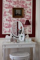 Bildno.: 11350838<br/><b>Feature: 11350807 - Romantic Setting</b><br/>A romantic villa in Rouen, France<br />living4media / Hallot, Olivier
