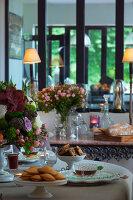 Bildnr.: 11353216<br/><b>Feature: 11353191 - Bl&#252;hende M&#252;hle</b><br/>Die Floristin Gabrielle erweckt eine alte franz&#246;sische M&#252;hle zu neuen Leben<br />living4media / Madamour, Christophe