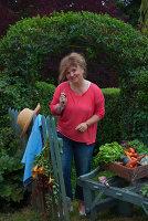 Bildnr.: 11353358<br/><b>Feature: 11353191 - Bl&#252;hende M&#252;hle</b><br/>Die Floristin Gabrielle erweckt eine alte franz&#246;sische M&#252;hle zu neuen Leben<br />living4media / Madamour, Christophe