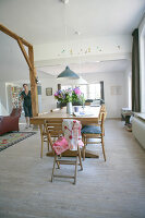 Bildno.: 11357684<br/><b>Feature: 11357657 - Delightfully Dutch</b><br/>Creative living in the Netherlands<br />living4media / Joosten, Pauline