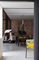 Bildnr.: 11358024<br/><b>Feature: 11358017 - Graffitis im Loft</b><br/>Franz&#246;sisches Loft mit einem Hang zur Extravaganz<br />living4media / Hallot, Olivier