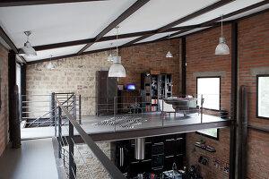 Bildnr.: 11358042<br/><b>Feature: 11358017 - Graffitis im Loft</b><br/>Franz&#246;sisches Loft mit einem Hang zur Extravaganz<br />living4media / Hallot, Olivier