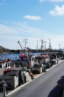 Bildnr.: 11358122<br/><b>Feature: 11358121 - Strandcottage</b><br/>Anne hat ihr kleines Haus in klassisch maritimen Stil eingerichtet, Norwegen<br />living4media / Annette &amp; Christian