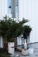 Bildnr.: 11370736<br/><b>Feature: 11370683 - Behagliches Weihnachtsfest</b><br/>Wei&#223;e Weihnachten im Kreis der Familie auf schwedische Art<br />living4media / M&#246;ller, Cecilia