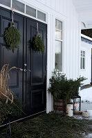 Bildnr.: 11370740<br/><b>Feature: 11370683 - Behagliches Weihnachtsfest</b><br/>Wei&#223;e Weihnachten im Kreis der Familie auf schwedische Art<br />living4media / M&#246;ller, Cecilia