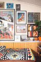 Bildnr.: 11373344<br/><b>Feature: 11373326 - Nat&#252;rlicher Charme</b><br/>Die Retro-Liebhaberin Sass lebt in einem Haus aus kalifornischem Holz<br />living4media / Jeffcott, Natalie