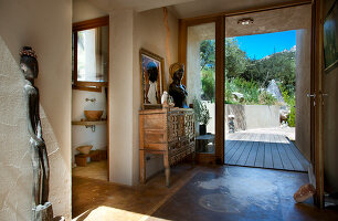 Bildno.: 11389110<br/><b>Feature: 11389067 - Open to the Wind</b><br/>House in the heart of Corsica<br />living4media / Madamour, Christophe