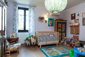 Bildno.: 11392686<br/><b>Feature: 11392685 - Missoni Magic</b><br/>Designer&#39;s house in Como, Italy<br />living4media / Cimarosti, Brando
