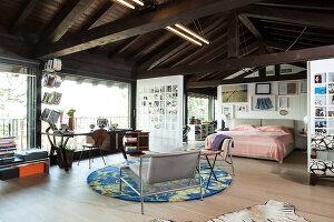 Bildno.: 11392730<br/><b>Feature: 11392685 - Missoni Magic</b><br/>Designer&#39;s house in Como, Italy<br />living4media / Cimarosti, Brando