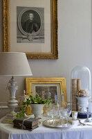 Bildnr.: 11394056<br/><b>Feature: 11394048 - Franz&#246;sische Geschichte</b><br/>Stilecht eingerichtetes Haus aus dem 18. Jahrhundert in P&#233;rigord<br />living4media / Hallot, Olivier