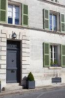Bildnr.: 11394084<br/><b>Feature: 11394048 - Franz&#246;sische Geschichte</b><br/>Stilecht eingerichtetes Haus aus dem 18. Jahrhundert in P&#233;rigord<br />living4media / Hallot, Olivier