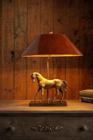 Bildno.: 11395204<br/><b>Feature: 11395155 - Lamp Heaven</b><br/>Handcrafted lamps for every d&#233;cor<br />living4media / Mertoglu, Bodo