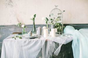Bildno.: 11399492<br/><b>Feature: 11399471 - Floral Temptations</b><br/>Wedding accessories to complement the big day<br />living4media / Dogadaeva, Elizaveta