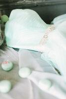 Bildno.: 11399494<br/><b>Feature: 11399471 - Floral Temptations</b><br/>Wedding accessories to complement the big day<br />living4media / Dogadaeva, Elizaveta