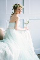Bildno.: 11399530<br/><b>Feature: 11399471 - Floral Temptations</b><br/>Wedding accessories to complement the big day<br />living4media / Dogadaeva, Elizaveta