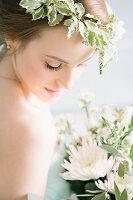 Bildno.: 11399538<br/><b>Feature: 11399471 - Floral Temptations</b><br/>Wedding accessories to complement the big day<br />living4media / Dogadaeva, Elizaveta