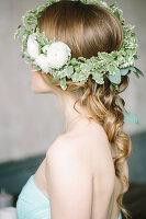 Bildno.: 11399546<br/><b>Feature: 11399471 - Floral Temptations</b><br/>Wedding accessories to complement the big day<br />living4media / Dogadaeva, Elizaveta