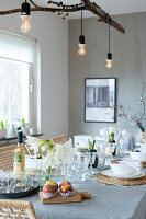 Bildno.: 11402972<br/><b>Feature: 11402958 - Scaled Down Christmas</b><br/>Natural and minimalist holiday d&#233;cor in Sweden<br />living4media / M&#246;ller, Cecilia