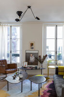 Bildno.: 11403142<br/><b>Feature: 11403127 - Parisian Charm</b><br/>Renovated apartment in Paris is full innovative ideas<br />living4media / Hallot, Olivier