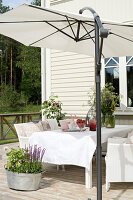 Bildno.: 11403960<br/><b>Feature: 11403887 - Home Coming</b><br/>Family home in K&#228;ngsebo, Sweden<br />living4media / M&#246;ller, Cecilia