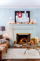 Bildno.: 11407106<br/><b>Feature: 11407099 - A Cultural Mix</b><br/>Swedish home in Nebraska is all decked out for Christmas<br />living4media / Brandt, Jenny