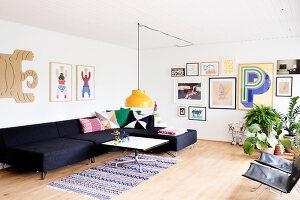 Bildnr.: 11407574<br/><b>Feature: 11407569 - D&#228;nisches-Design</b><br/>Dem Haus sieht man an, dass hier eine skandinavische Familie wohnt, Aarhus<br />living4media / Brandt, Jenny