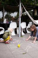 Bildnr.: 11407598<br/><b>Feature: 11407569 - D&#228;nisches-Design</b><br/>Dem Haus sieht man an, dass hier eine skandinavische Familie wohnt, Aarhus<br />living4media / Brandt, Jenny
