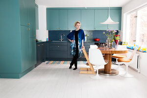 Bildno.: 11409200<br/><b>Feature: 11409190 - Nordic Colours</b><br/>A townhouse in Stockholm full of colour for a young family<br />living4media / Brandt, Jenny