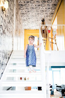 Bildno.: 11409216<br/><b>Feature: 11409190 - Nordic Colours</b><br/>A townhouse in Stockholm full of colour for a young family<br />living4media / Brandt, Jenny