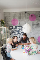Bildno.: 11409266<br/><b>Feature: 11409243 - The Playful Home</b><br/>A young family creates one big playpen in Sweden<br />living4media / Brandt, Jenny