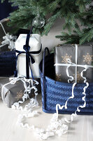 Bildno.: 11415928<br/><b>Feature: 11415922 - An Indigo Christmas</b><br/>Many ideas for making it a blue holiday season this year<br />living4media / Nordstrom, Annette