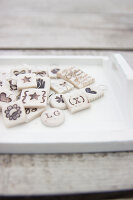 Bildno.: 11420132<br/><b>Feature: 11420117 - Personal Presents</b><br/>Gift tags are the personal touch that complete a beautifully wrapped package<br />living4media / Algermissen, Astrid