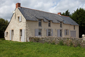 Bildno.: 11425984<br/><b>Feature: 11425978 - A Cure for Homesickness</b><br/>Finding and restoring a family house by the sea in Brittany, France<br />living4media / Hallot, Olivier
