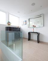 Bildnr.: 11429322<br/><b>Feature: 11429291 - Darf&#39;s noch etwas mehr sein?</b><br/>Luxushaus mit Pool, Bar und Meerblick in Bournemouth, UK<br />living4media / Cox, Stuart