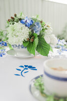 Bildno.: 11434434<br/><b>Feature: 11434431 - Teatime in Blue</b><br/>Make your break special by colour coordinating it<br />living4media / Bildh&#252;bsch