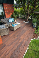 Bildno.: 11435146<br/><b>Feature: 11435087 - Decked Out</b><br/>Build a deck for your home<br />living4media / Selbermachen Media / Bordes, Christian