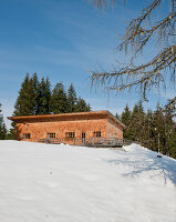 Bildno.: 11437932<br/><b>Feature: 11437886 - Winter Cottage with History</b><br/>Spacious home welcomes family and friends near Kitzb&#252;hel, Austria<br />living4media / von Oswald, Yvonne